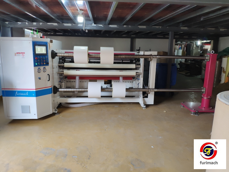 SLD-6121 Melt Blown Fabric Jumbo Roll Slitting Rewinding Machine